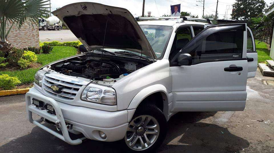 Chevrolet Grand Vitara 2011 - 80000 km