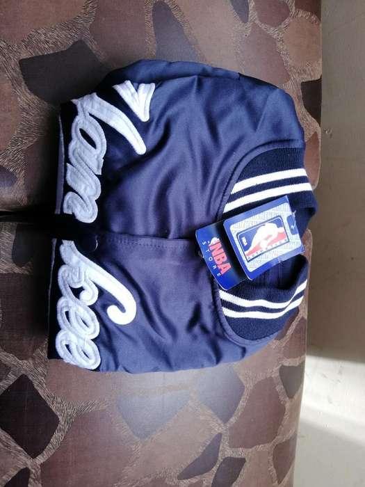 Vendo Capucha Yankees