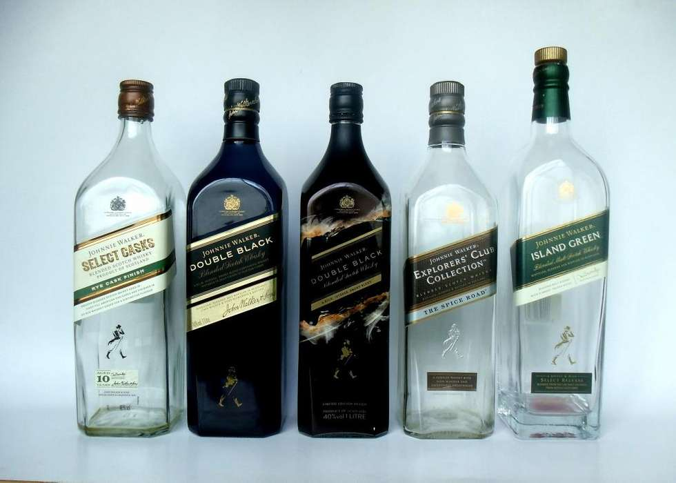 BOTELLA DE WHISKY JOHNNIE WALKER VACIA LITRO