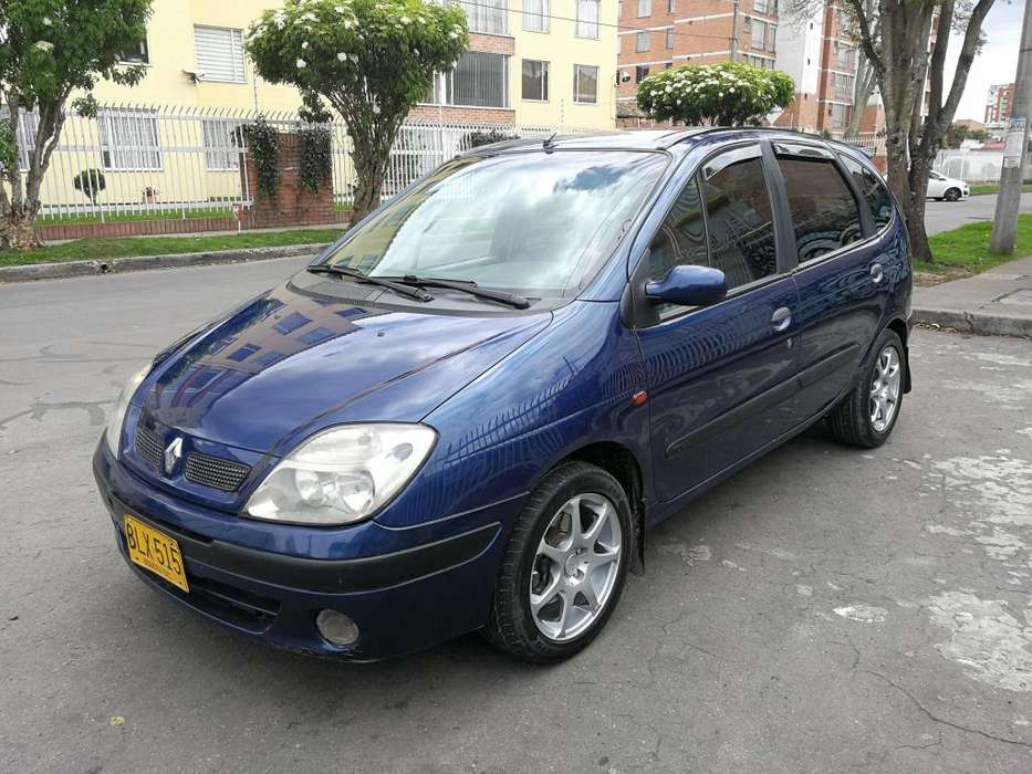 Renault Scenic  2002 - 212000 km