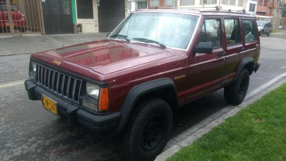 <strong>jeep</strong> Cherokee 1988 - 233000 km
