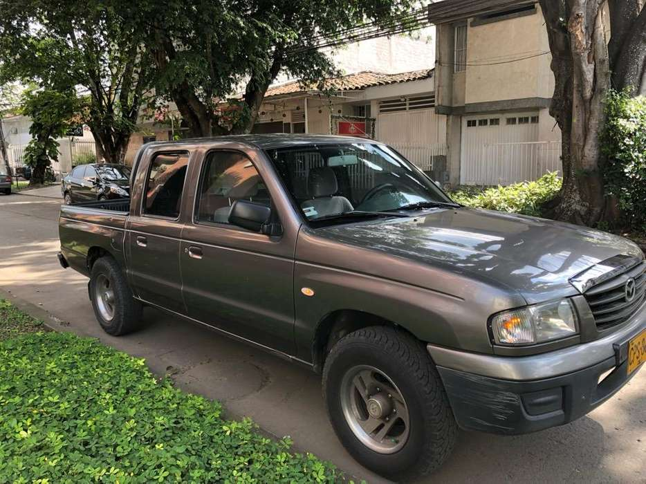Mazda B-2200 2007 - 164696 km