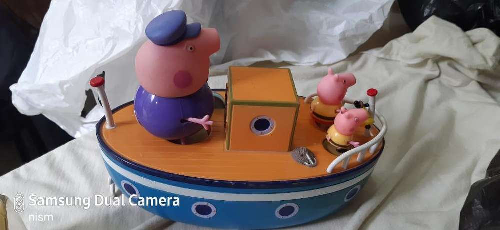 Peppa Pig ,george Y Abuelo en Su Barco.