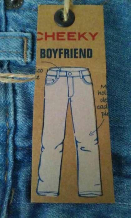 Vendo Jean Basic <strong>cheeky</strong>