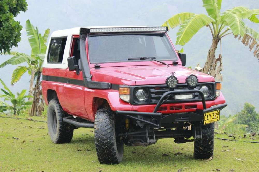 Toyota Land Cruiser 1992 - 150000 km
