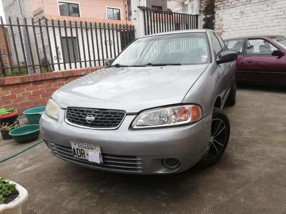 Nissan Sentra 2002 - 320000 km