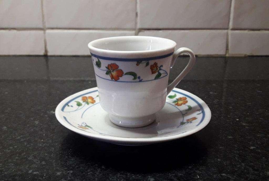Juego Pocillos Café Y Platos. Porcelana