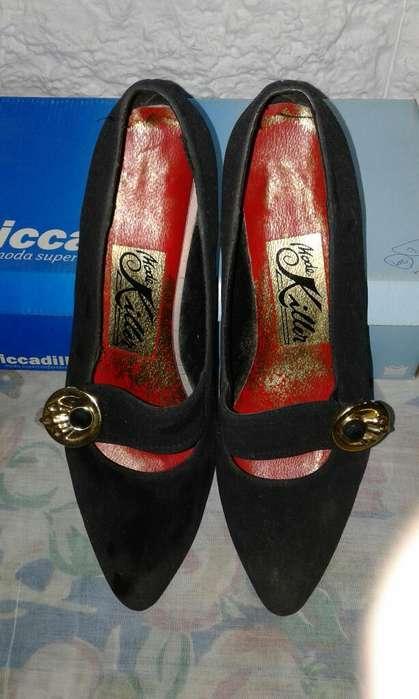 Zapatos de <strong>mujer</strong>. Talle 39