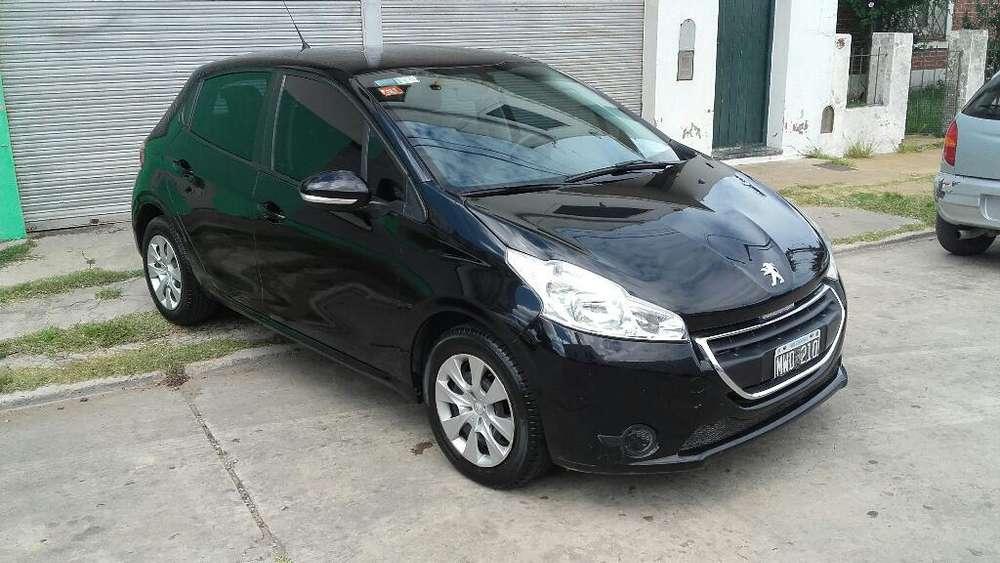 Peugeot 208 2013 - 78000 km