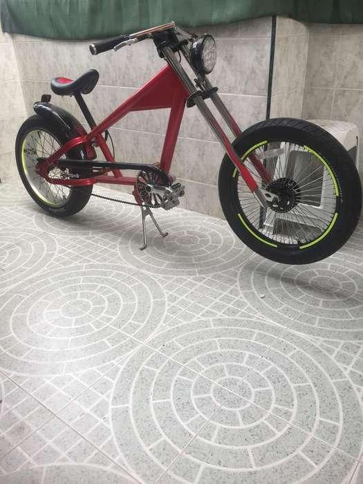 Vendo Bicicleta chopper Stinray Factura