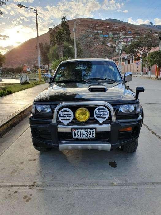 Mitsubishi Nativa 1997 - 115 km
