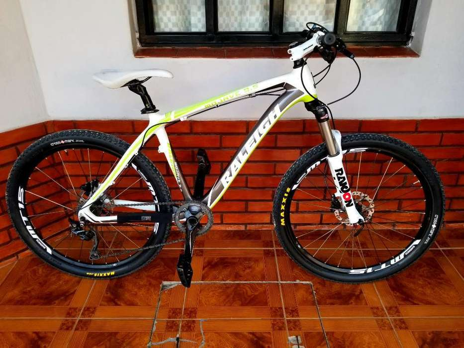 Raleigh 9.5 Carbono