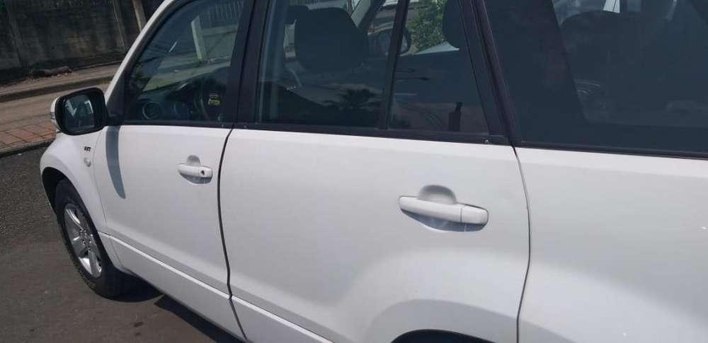Suzuki Grand Vitara SZ 2014 - 97000 km