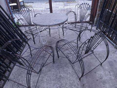 <strong>juego</strong> de jardín (4 sillones y mesa redonda con granito)