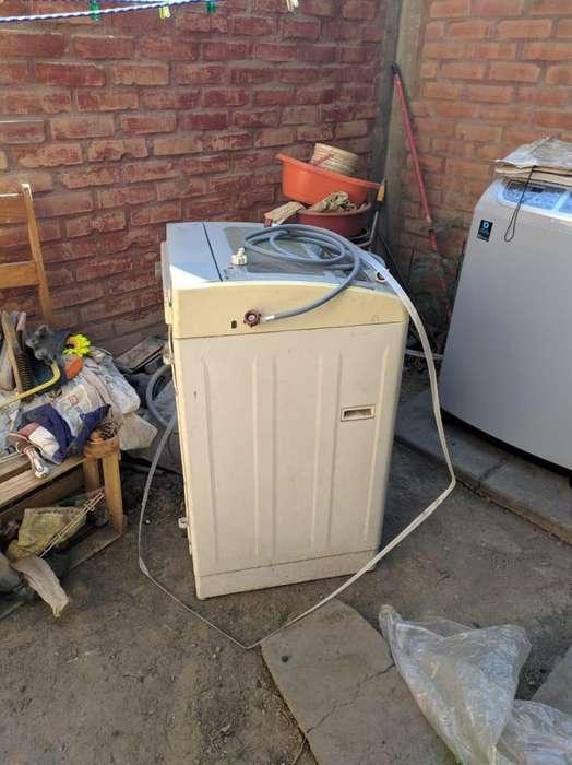 lavadora automatica electrolux 9kg 400w modelo EWIE09F2OMW