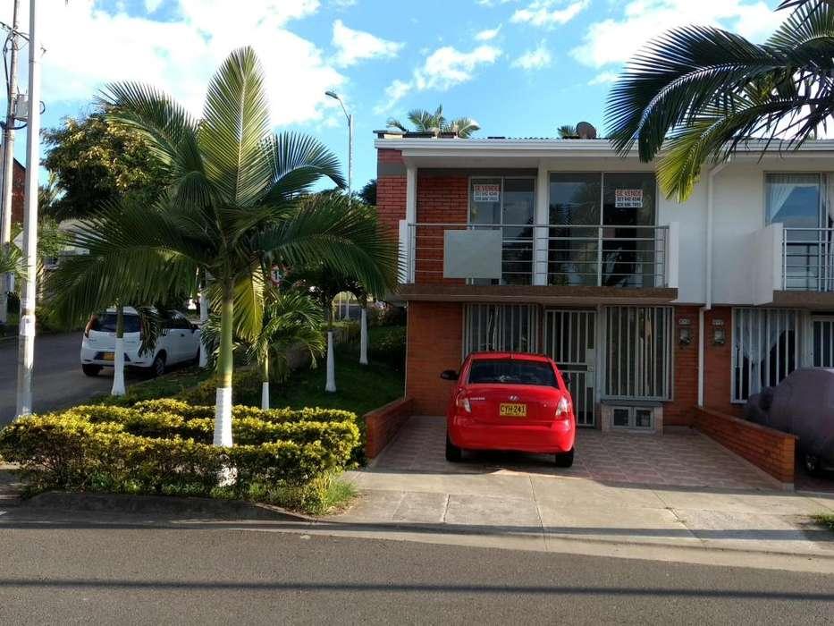 Se vende espectacular casa en Villa Verde