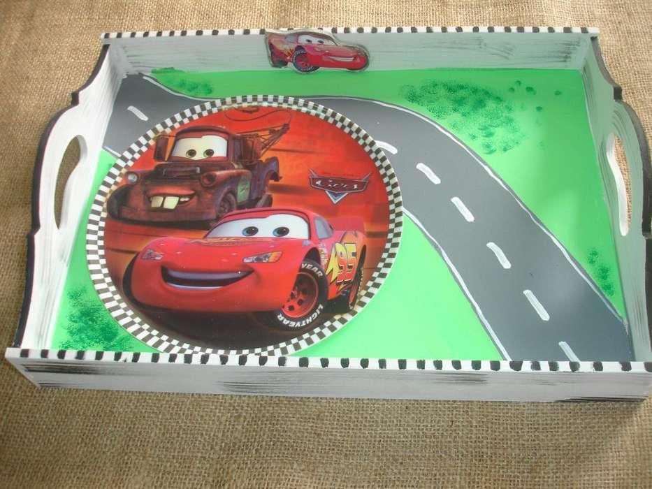Bandeja desayunadora Cars con plato o cerealero