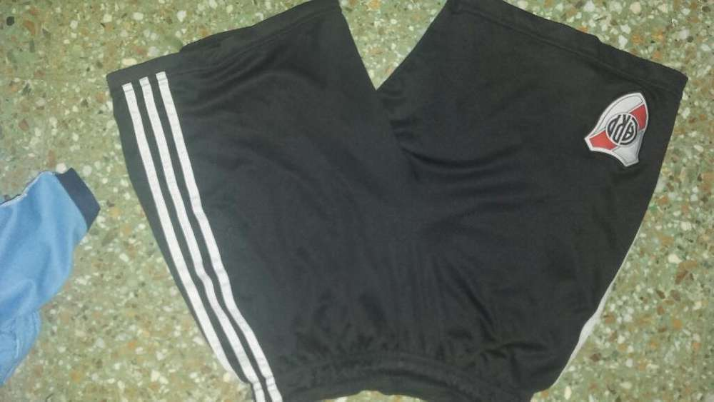 Short Adidas de River Plate