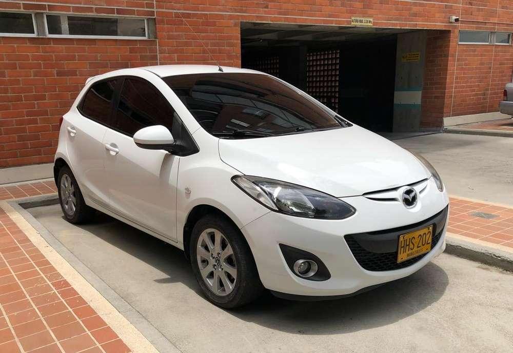 Mazda 2 2014 - 80900 km