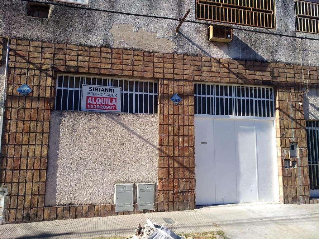 Garantias Laborales, Barrio Belgrano, Mendoza 6400 (Metros)