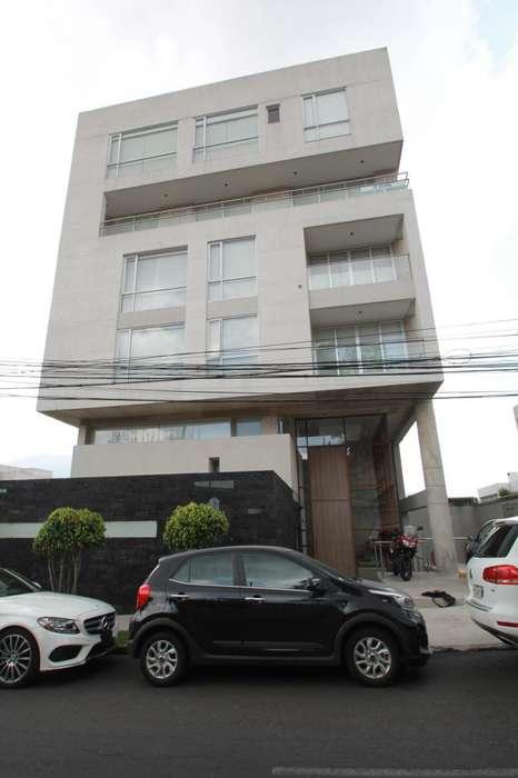 Hermoso Departamento Norte de Quito 3 Dormitorios