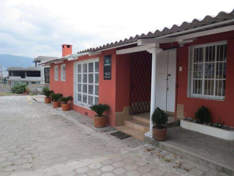 Amplia Casa Con Gran Terreno Al Sur De Quito