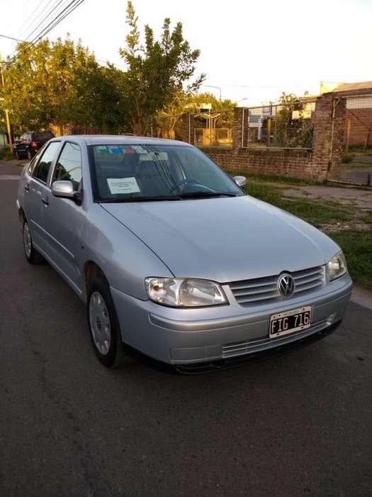 Volkswagen Polo 2006 - 181000 km