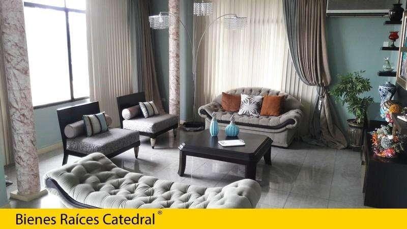 Departamento de venta en Urdesa Central - Av. Las Lomas – código:14193