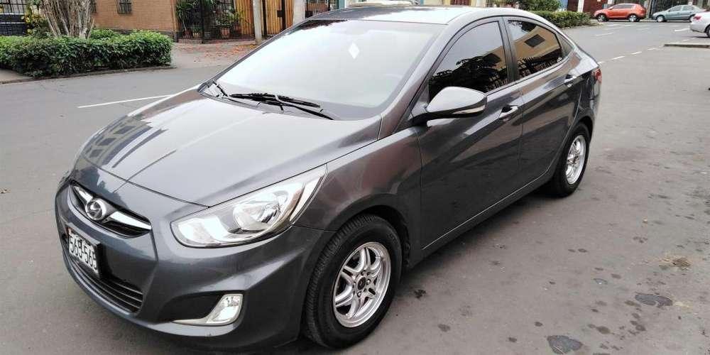 Hyundai Accent 2012 - 79000 km