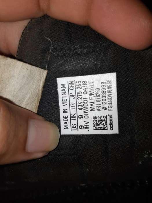 Vendo Sandalias Adidas Seminuevas
