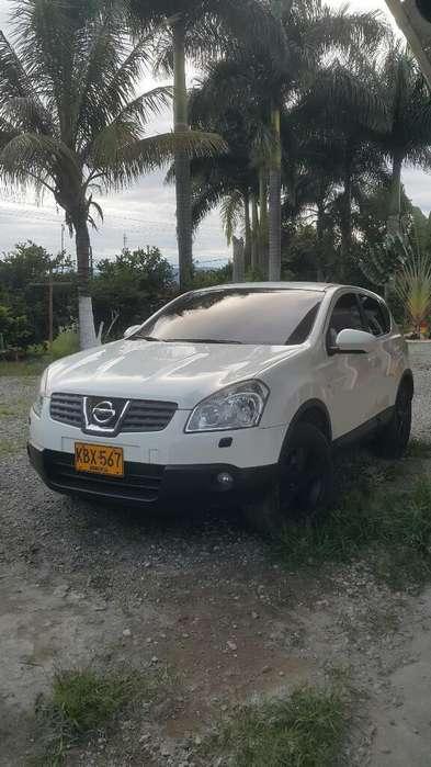 Nissan Qashqai  2010 - 137000 km