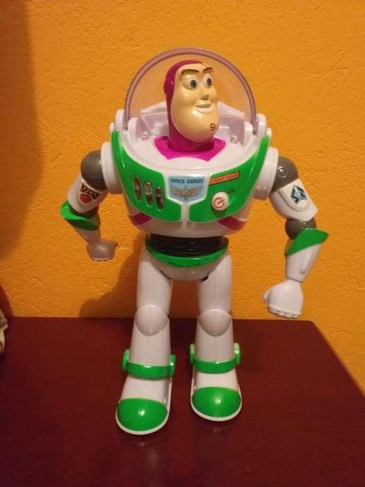 Vendo Muñecos Buzz Lightyear