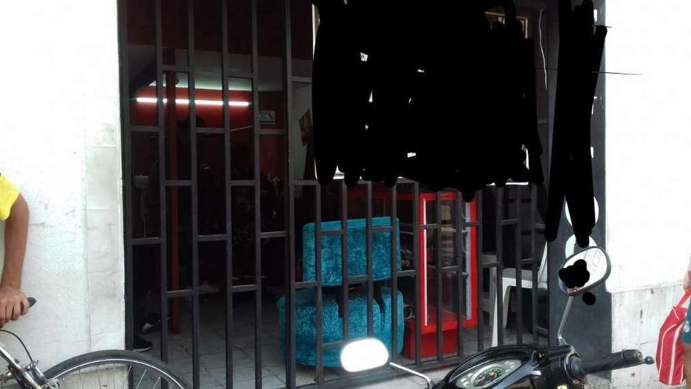 Reja de Seguridad con Puerta Corredisa