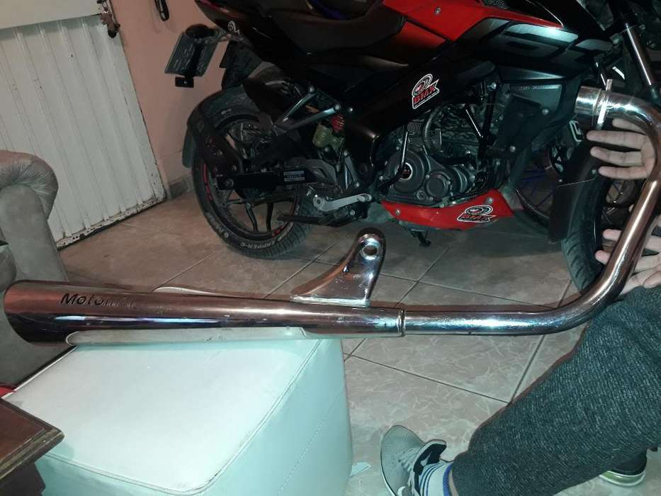 Vendo Escape Motomel