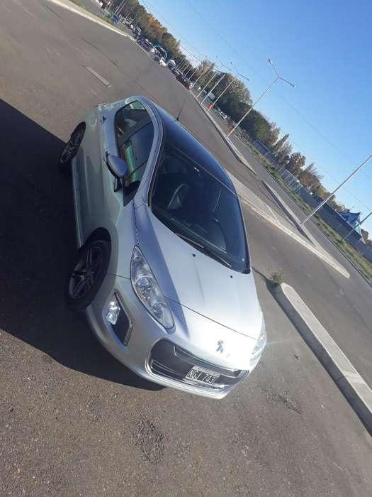 Peugeot 308 2013 - 77000 km