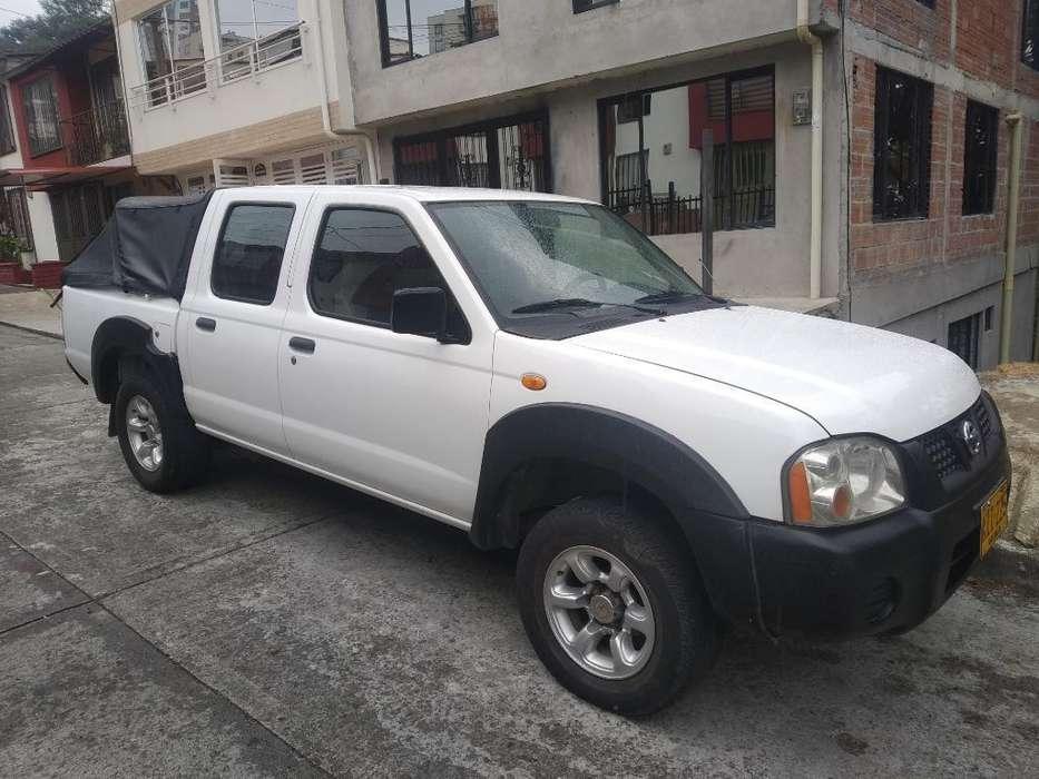 Nissan Frontier 2011 - 161000 km