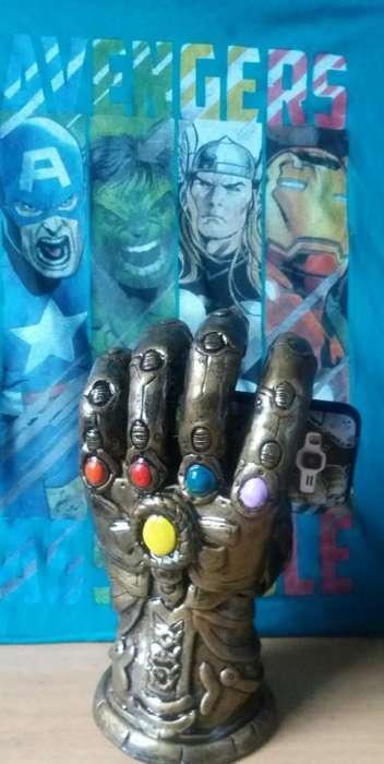 Avengers Infinity Guante de Thanos
