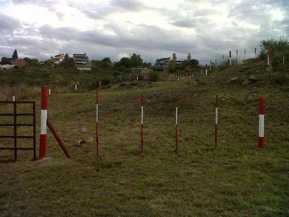Vendo <strong>terreno</strong> Villa Carlos Paz. 701 M.2