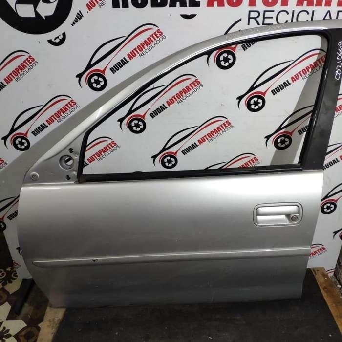Puerta Delantera Izquierda Chevrolet Corsa 5225 Oblea:03210669