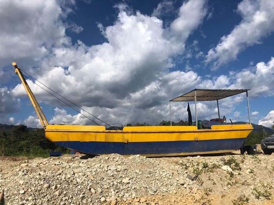 barcaza con guinche