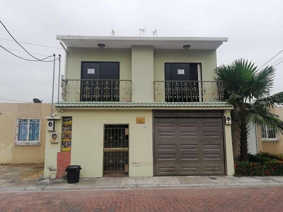 Urbanización Villa del Rey etapa REINA BEATRIZ ALQUILO departamento primer piso alto con tres dormitorios