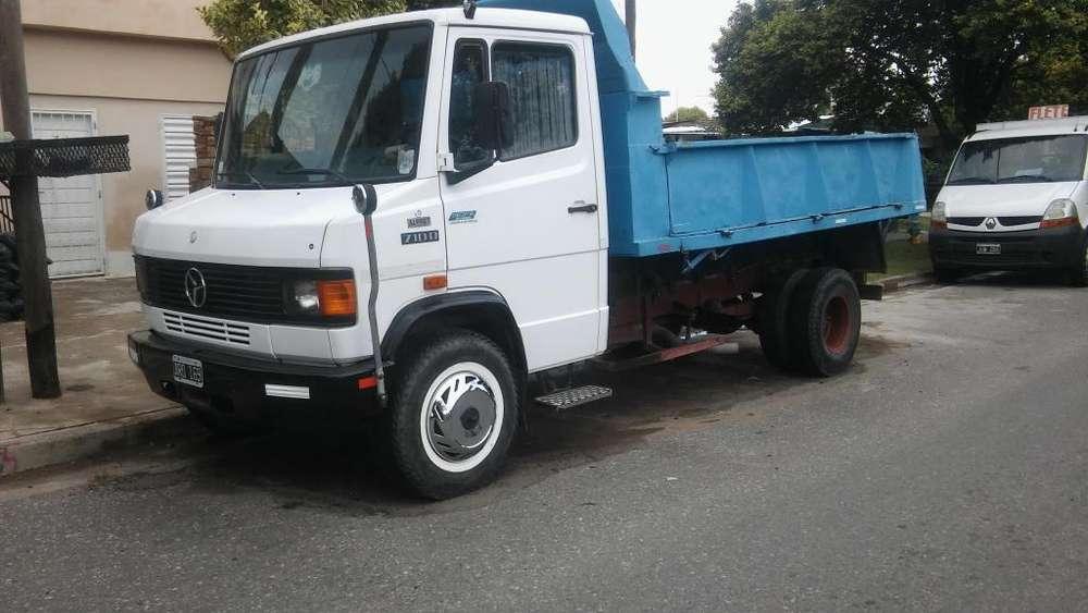 camion 710 m96 volcador 4mt 800 000 pesos recibo menor