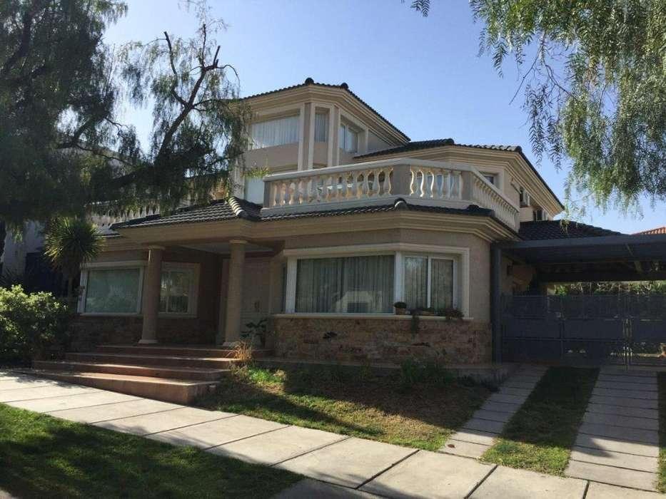 Casa en Venta Barrio Dalvian