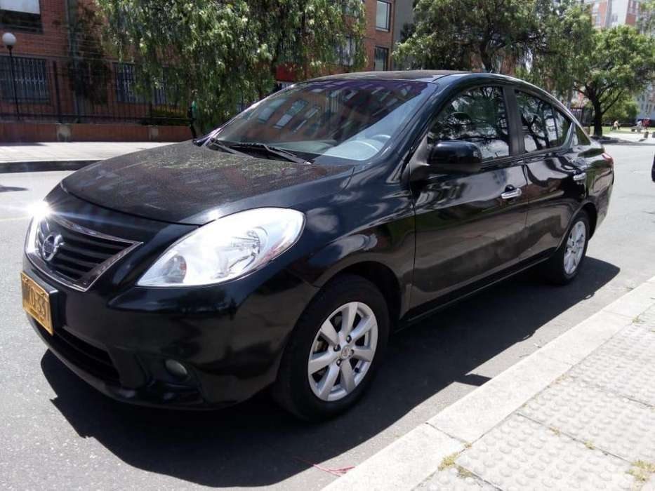 Nissan Versa 2013 - 67000 km