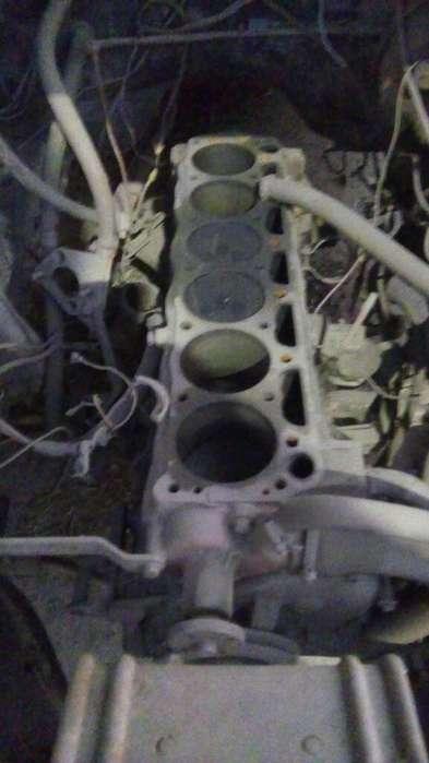 Vendo Motor de Ford 221