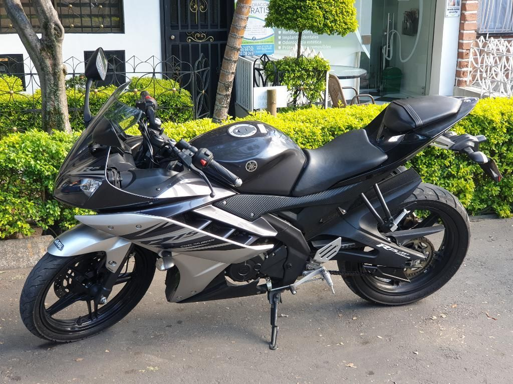 Yamaha R 15 2018