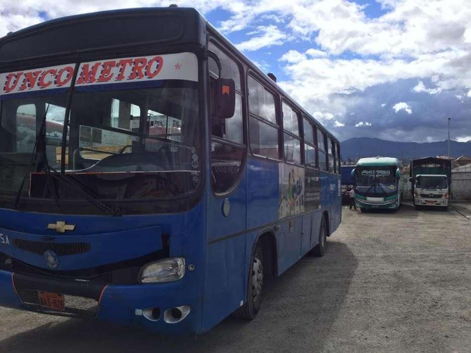 Vendo bus barato Izusu FTR