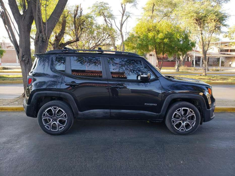 JEEP Renegade 2016 - 1800 km