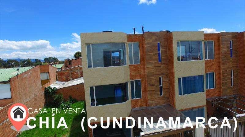 Casa En Venta En Chia Chia Cairo Cod. VBSEI3741