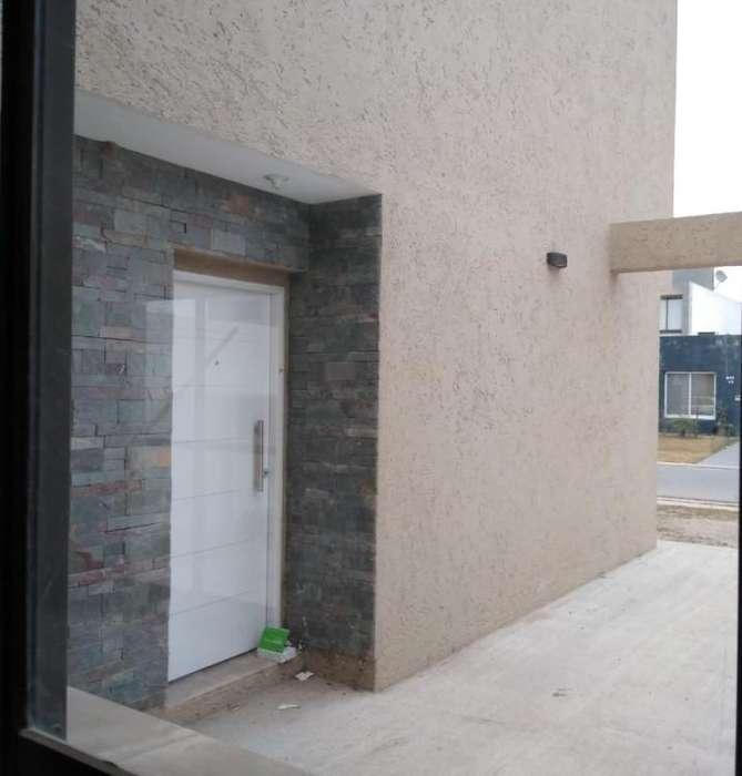 Casa en venta, Celso Barrios 5000